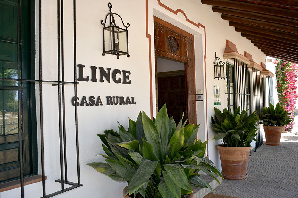 Entrance to Lince Casa Rural