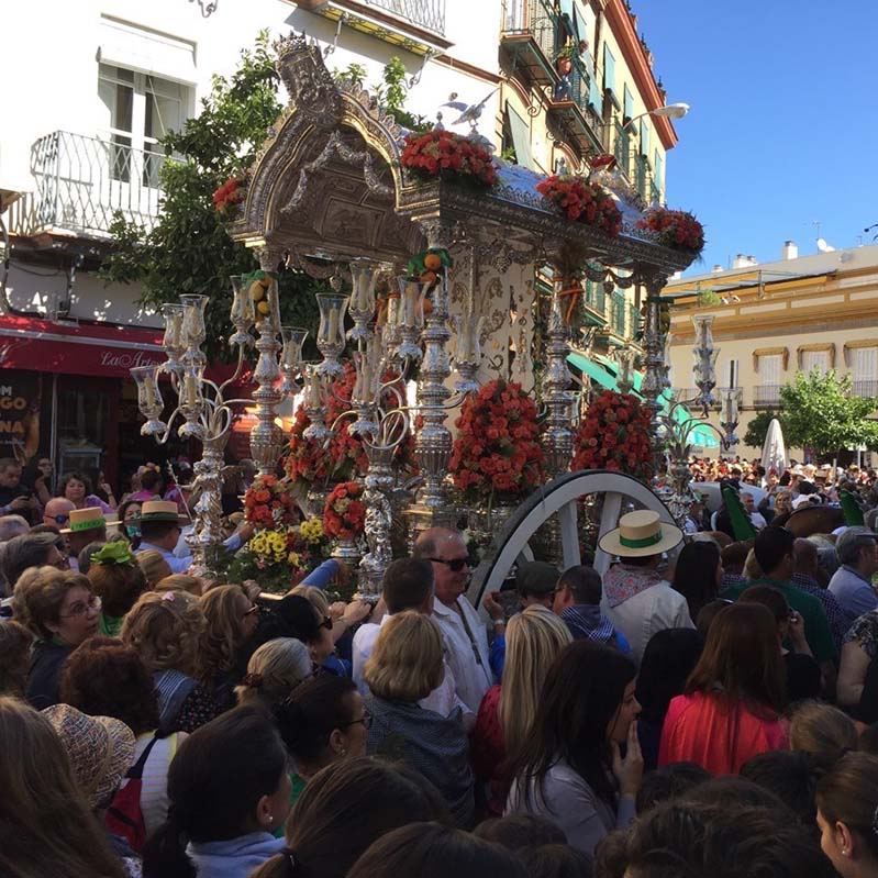 Pilgrimage of the Brotherhood of Triana, one of the rural traditions of El Rocío